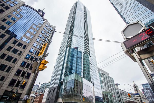 Top 5 Hotel Residence Buildings In Toronto